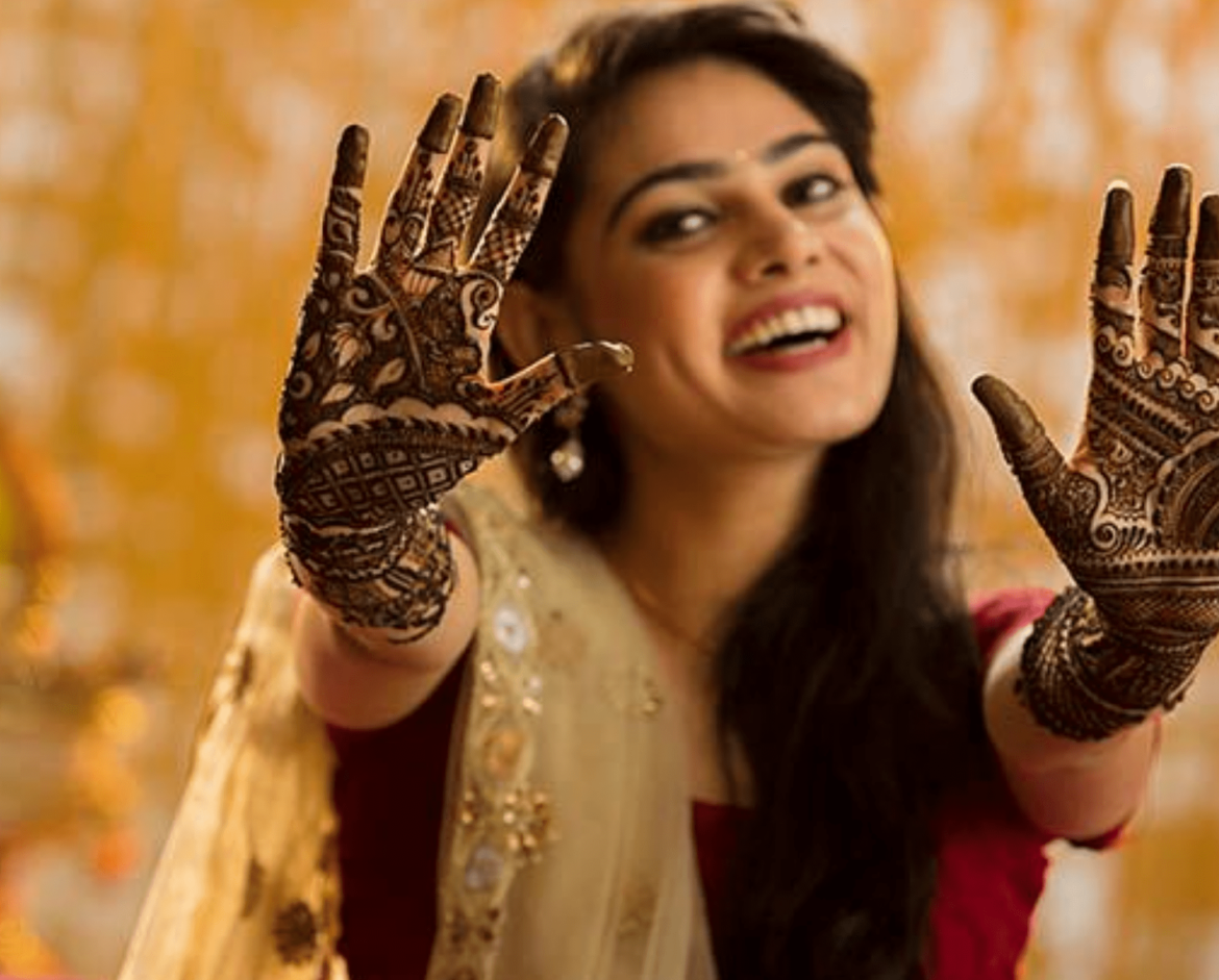 LATEST BRIDAL MEHNDI DESINGS FOR 2020